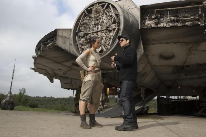 Star_Wars_El_despertar_de_la_Fuerza-100522110-large