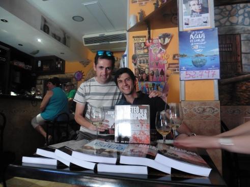 Firma Libros Sotillo 04-08-2016 (9)